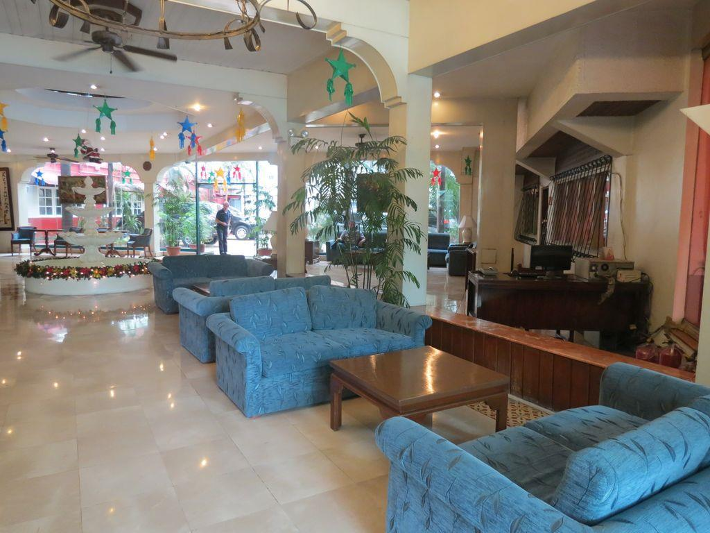 Garden Plaza Hotel - Hotels and Accommodation in Philippines, Asia