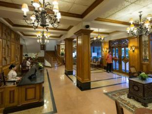The Legend Villas Manila - Lobby