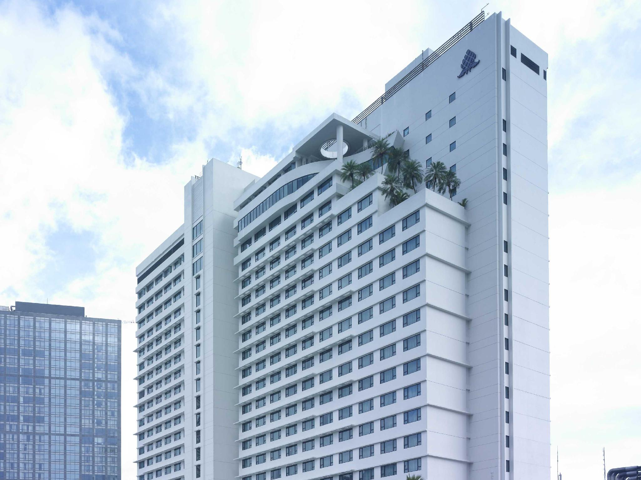 New World Makati Hotel - Hotels and Accommodation in Philippines, Asia