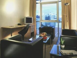 Bayview Hotel Singapore - Camera