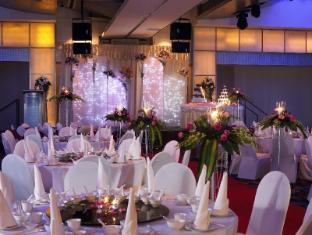 Furama City Centre Hotel Singapore - Ballroom