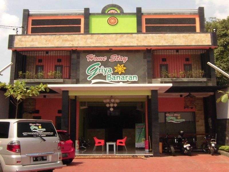 Home Stay Griya Banaran - Hotels and Accommodation in Indonesia, Asia