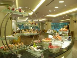 Imperial Queen's Park Hotel Bangkok - Restaurant