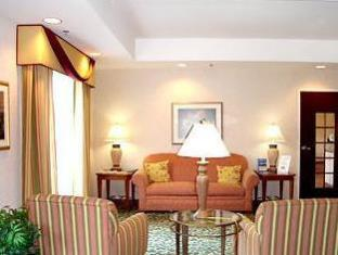 Fairfield Inn By Marriott Fayetteville I-95 Fayetteville (NC) - Suite Room