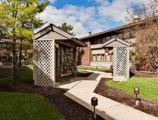 Courtyard By Marriott Fort Wayne Hotel Fort Wayne (IN) - Entrance