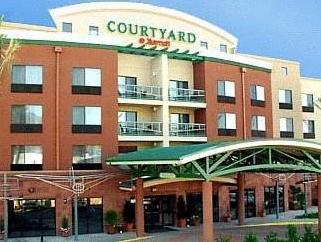 Courtyard By Marriott Burbank Airport Hotel