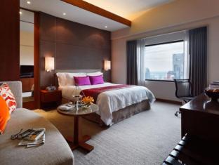 Crowne Plaza Bangkok Lumpini Park Hotel Bangkok - Superior King Club Room