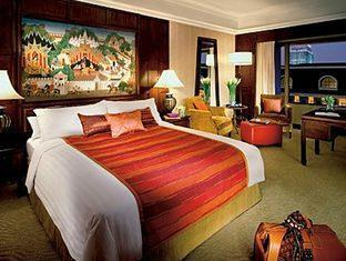 โรงแรมโฟร์ซีซั่นส์