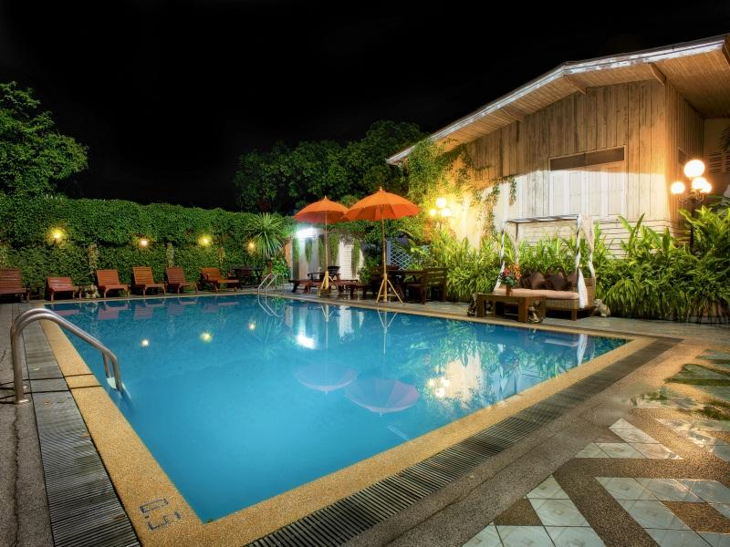 Chiangmai Gate Hotel - Hotels and Accommodation in Thailand, Asia