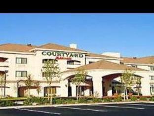 Courtyard By Marriott Salinas Monterey Hotel