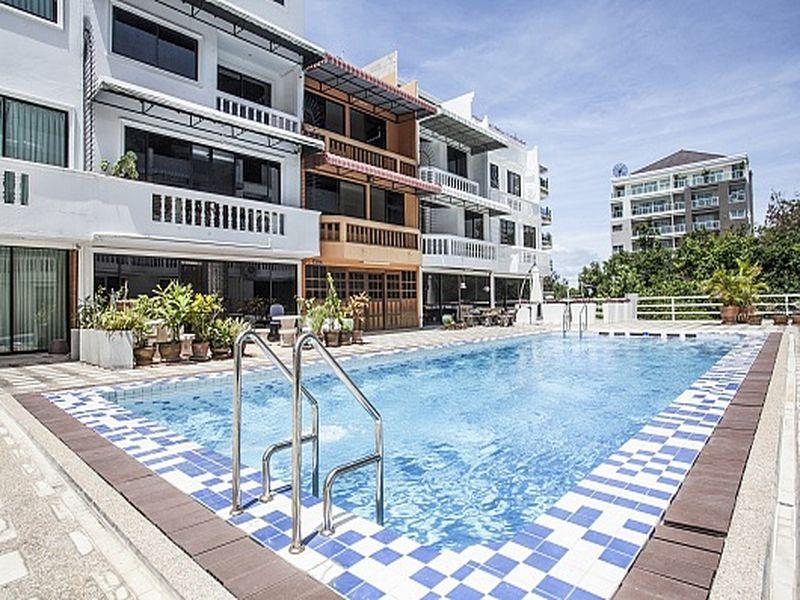 Pratumnak Point Villa - 3 Bedroom - Hotels and Accommodation in Thailand, Asia