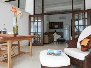 Silver Point Villa Hotel Christ Church - Suite Room