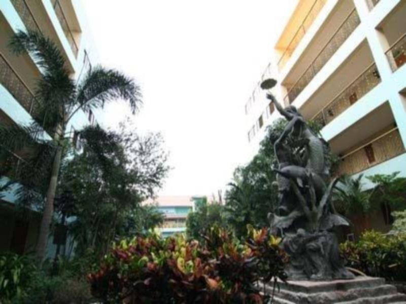 13 Coins Airport Hotel Minburi Bangkok
