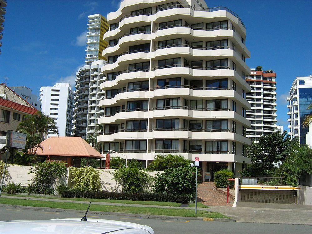 Barbados Holiday Apartments - Hotell och Boende i Australien , Guldkusten