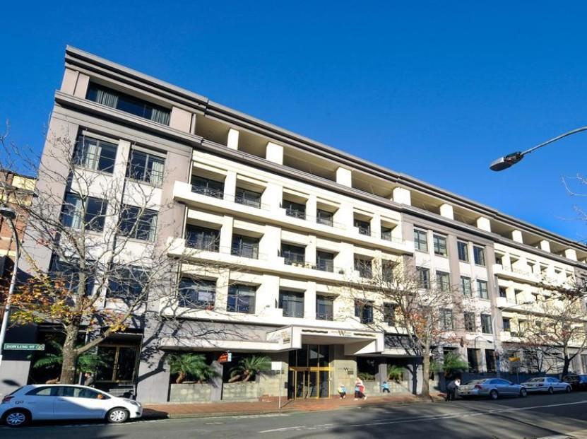 Woolloomooloo Waters Apartment Hotel