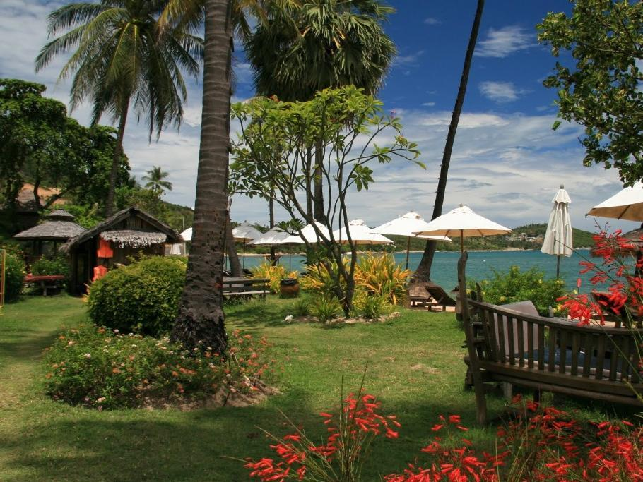 Coral Bay Resort