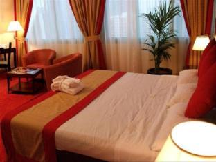 Howard Johnson Diplomat Hotel Abu Dhabi - Deluxe room