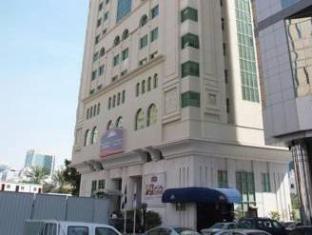 Howard Johnson Diplomat Hotel Abu Dhabi - Exterior