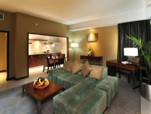 Howard Johnson Diplomat Hotel Abu Dhabi - Suite
