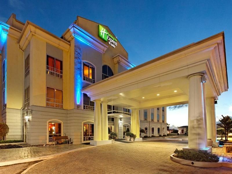 Holiday Inn Express Trincity - Hotels and Accommodation in Trinidad   Tobago, Central America And Caribbean