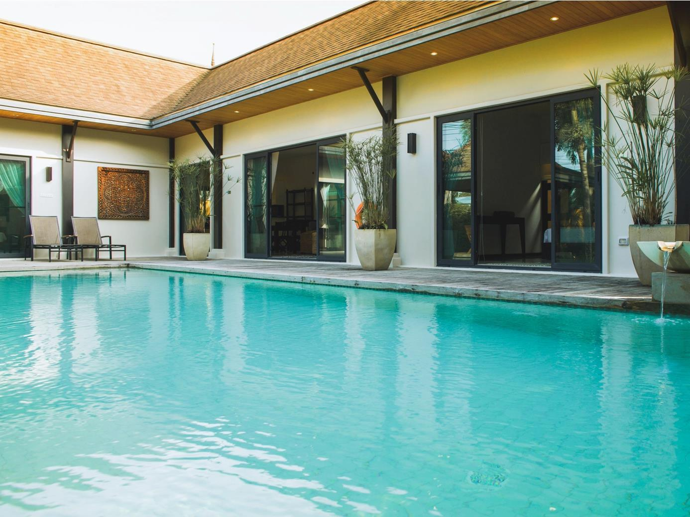 Two Villas Holiday: Oriental Style Layan Beach - Hotels and Accommodation in Thailand, Asia