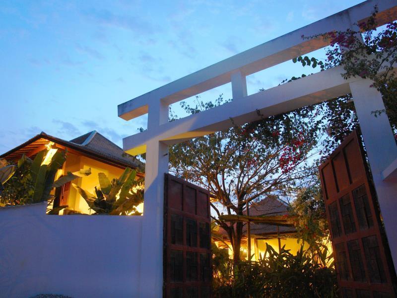 Amatao Tropical Residence Hotel