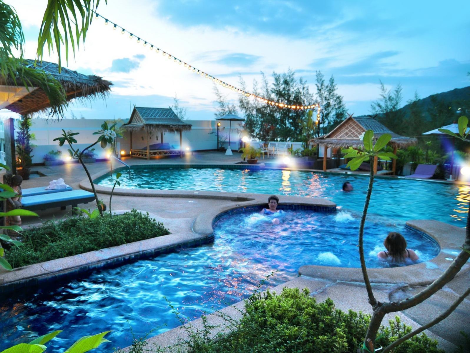 Hotell Phuket Heritage Hotel i Karon, Phuket. Klicka för att läsa mer och skicka bokningsförfrågan