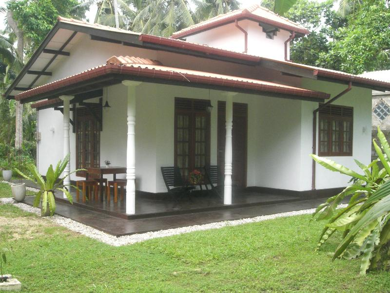 Bird Villa - Hotels and Accommodation in Sri Lanka, Asia