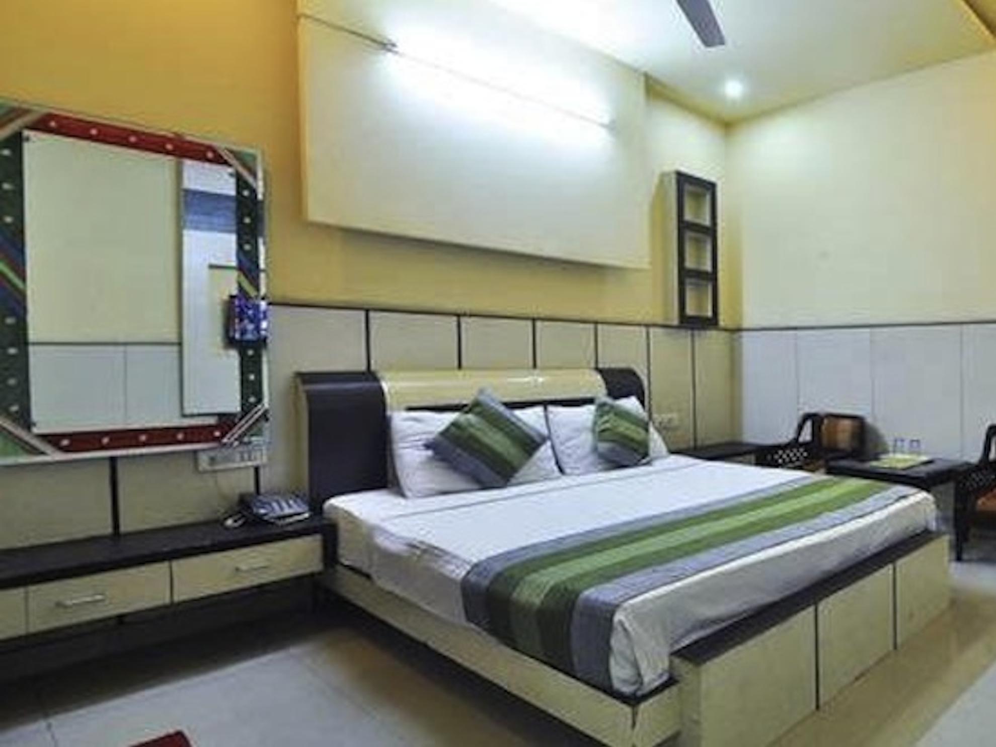 S.P.B 87 Hotel - Hotell och Boende i Indien i New Delhi And NCR