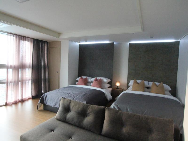 Myeongdong Luxury Flat - Hotels and Accommodation in South Korea, Asia