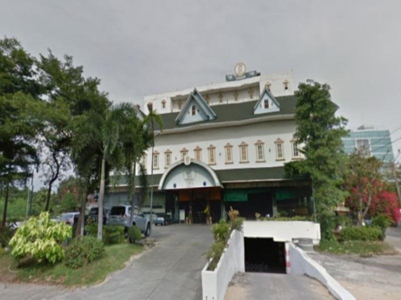 โรงแรม 13 เหรียญ งามวงศ์วาน (13 Coins Hotel Ngam Wong Wan)'s photo