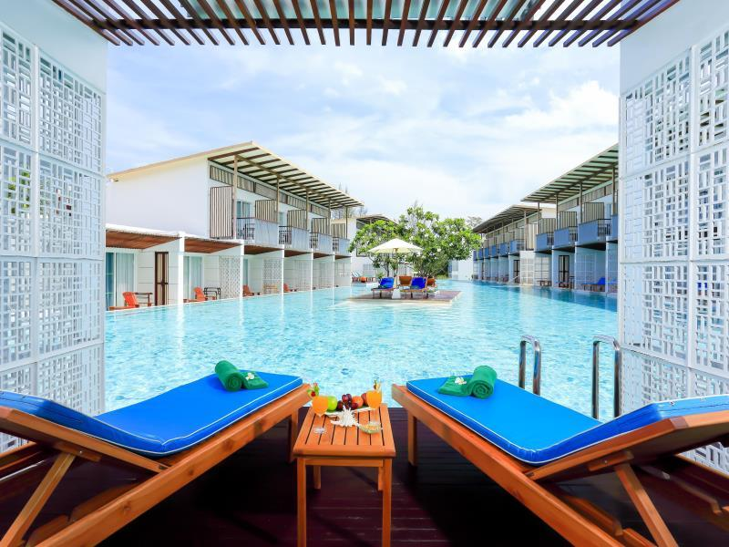 The Briza Beach Resort - Hotels and Accommodation in Thailand, Asia