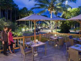 Elephant Safari Park Lodge Hotel Bali - The Bar Terrace