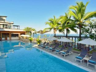 Cape Sienna Phuket Hotel and Villas Phuket - Swimming Pool with Seaview
