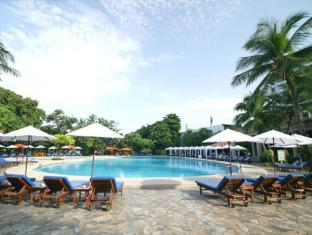 Montien Pattaya Hotel Pattaya - Sun desks