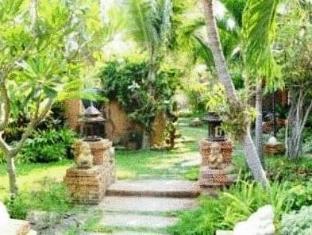 Riviera Resort Pattaya - Garden