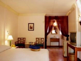 Riviera Resort Pattaya - Deluxe Room