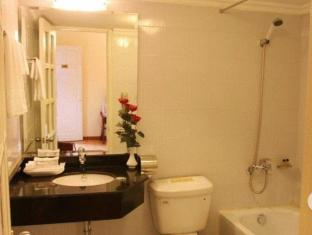 Santa Hanoi Hotel Hanoi - Bathroom