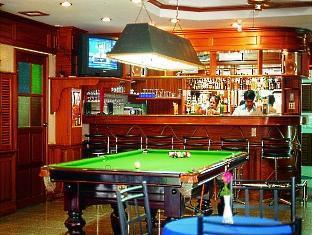 Anchalee Inn Hotel Phuket - Bar and Pool Table