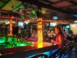 Anchalee Inn Hotel Phuket - Pub/Lounge