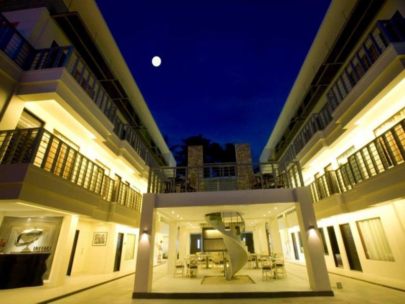 Hotell Erus Suites Hotel