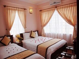 Hue Holiday Hotel - More photos