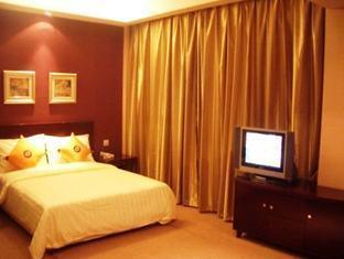 Peninsula Hotel - More photos