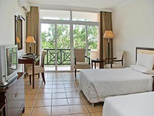 China Hotel Accommodation Cheap | Huan Dao Beach hotel Sanya - Guest Room