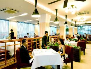 Sokha Club Hotel Phnom Penh - Food, drink and entertainment