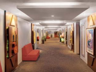 Sokha Club Hotel Phnom Penh - Stardust Karaoke Corridor