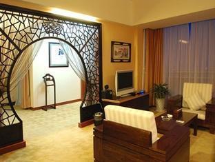 July Plaza International Hotel - Room type photo