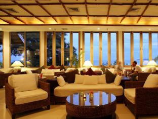 Cape Panwa Hotel Phuket - Food, drink and entertainment