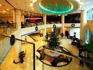 Sky Gold Coast Hotel - More photos