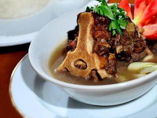 Hotel Yani Bali - Comida y bebida